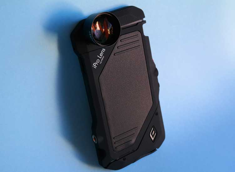 Telephoto Smartphone Lenses: This is a photo of Schneider iPro case and lens