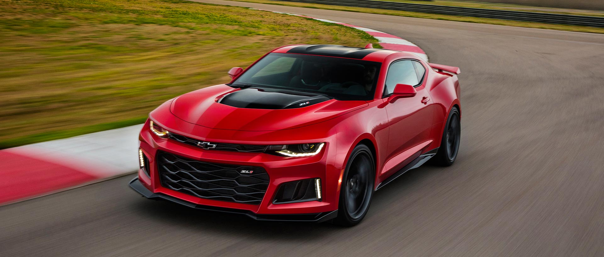 2017 Chevrolet Camaro Zl1 Brings Muscle To New York