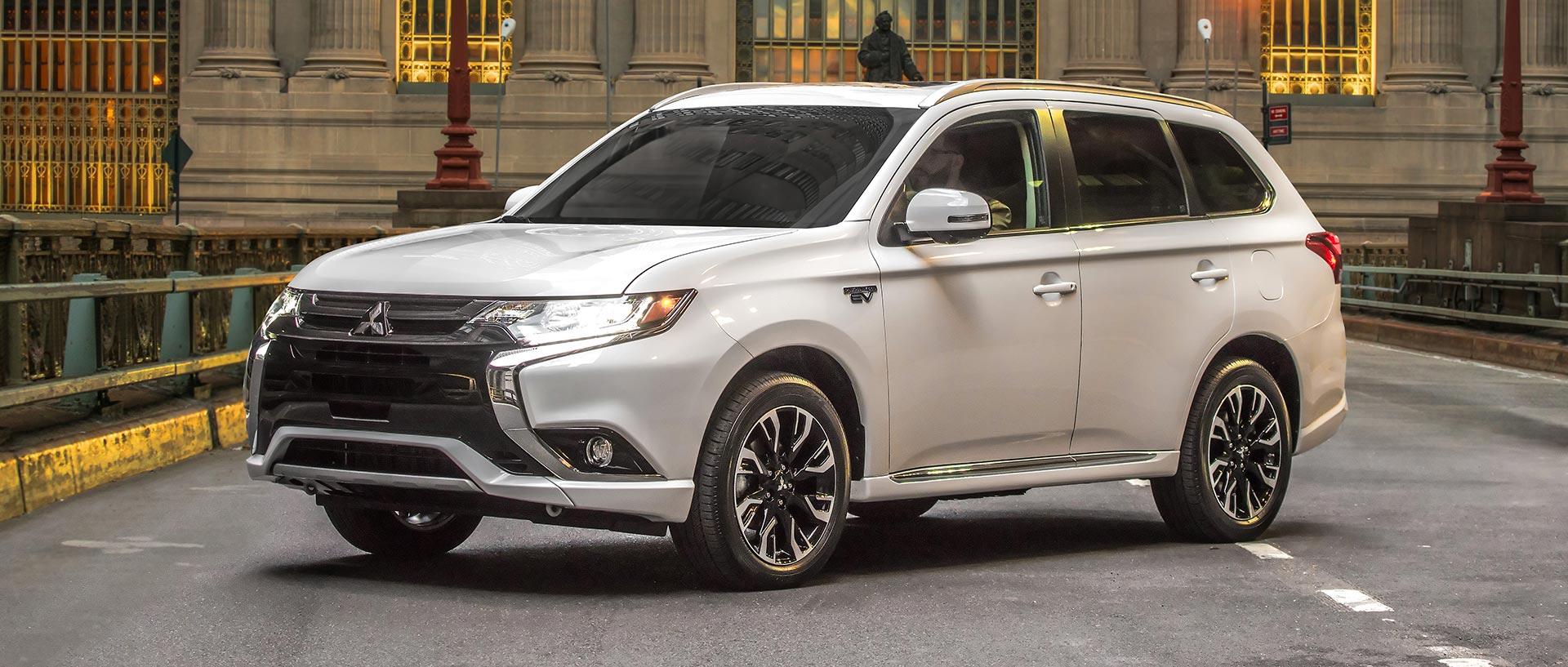 2017 Mitsubishi Outlander PHEV - Consumer Reports