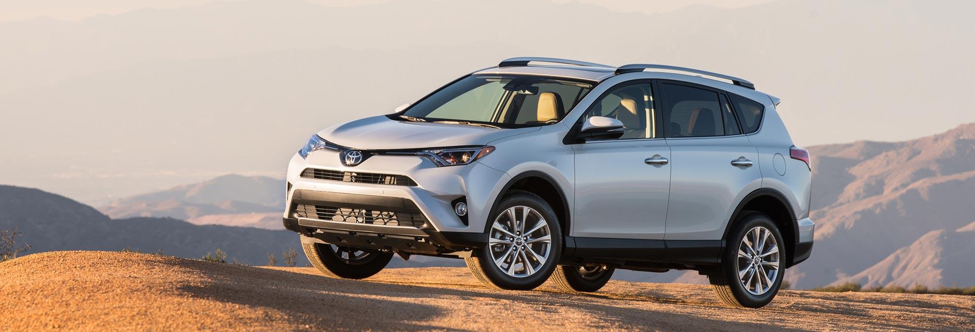 Honda Cr V Vs Toyota Rav4 Which Should You Buy Consumer Reports