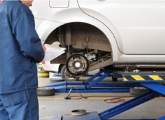 7 Ways To Keep Car Maintenance And Oil Change Costs Down