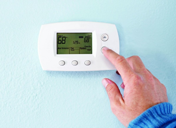 Easy ways to save energy everyday is earth day for Heat setting for home