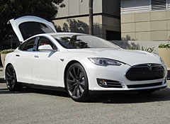 Cars That Start With S >> Charging To Market Tesla Model S Electric Car Deliveries