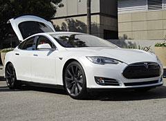 charging to market tesla model s electric car deliveries start next month. Black Bedroom Furniture Sets. Home Design Ideas