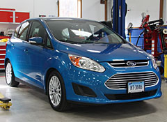 Ford Has Rolled Out The Long Awaited C Max As A Prius V Compeor Boasting More And Fuel Efficiency
