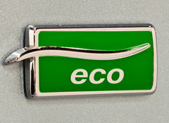 Chevrolet-Cruze-Eco-badge.jpg