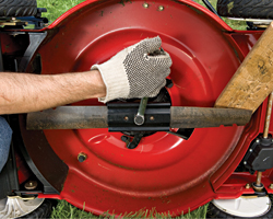 Weekend Project: Sharpen your mower blade