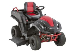 Hybrid Gas Electric A Built In Generator And Blistering 17 Mph Top Sd Helped Make Raven S New 3 000 Mpv 710 Lawn Tractor Brisk Er At